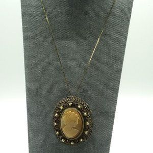 Gorgeous Vintage Shell Cameo in Frame on Necklace